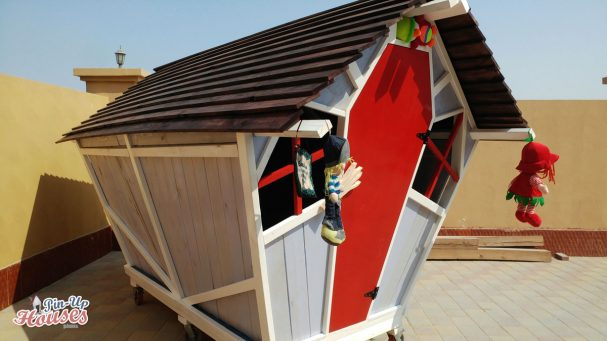DIY kids wooden playhouse plans