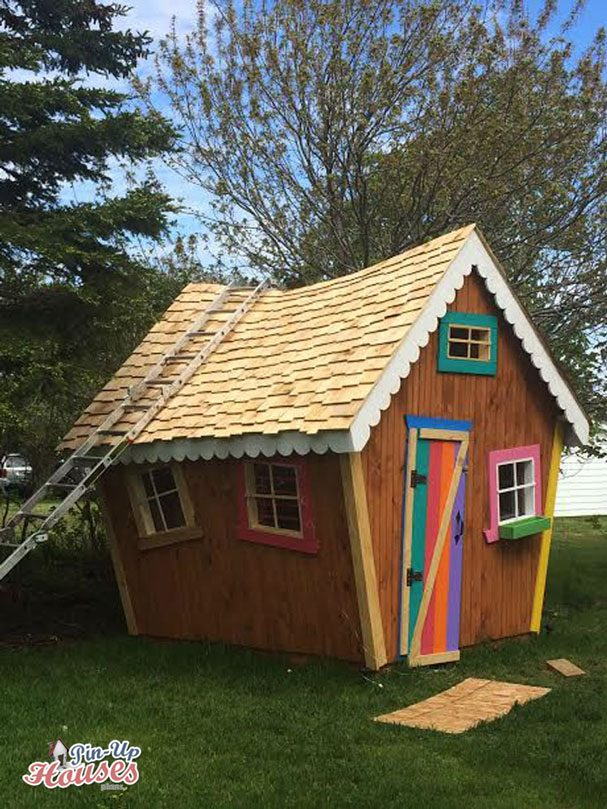 playhouse for kids full of colors